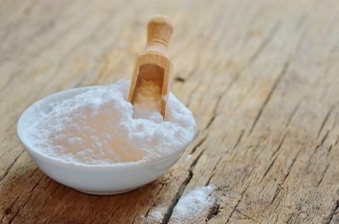 Baking soda used in teeth whitening
