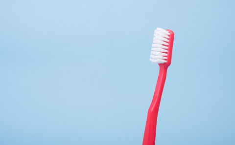 Use a soft toothbrush with using whitening toothpaste