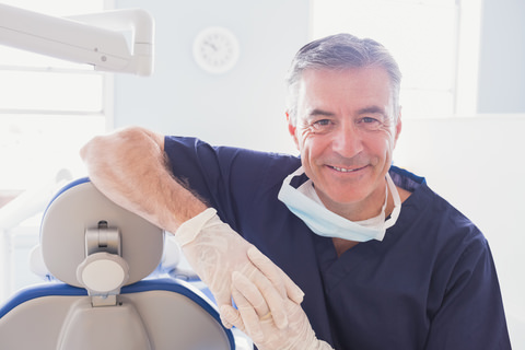 A dentist with knowledge and experience