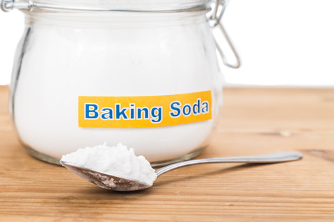 Baking soda for teeth cleaning