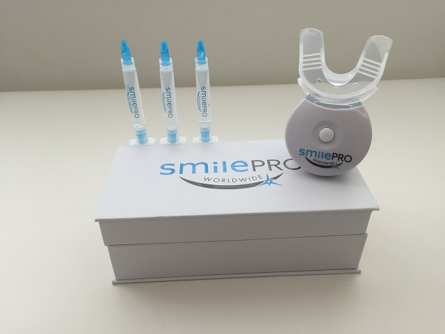 SmilePRO Worldwide Teeth Whitening Kit