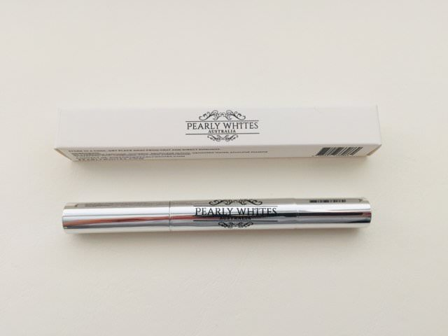 Pearly Whites pen packaging and pen capsule