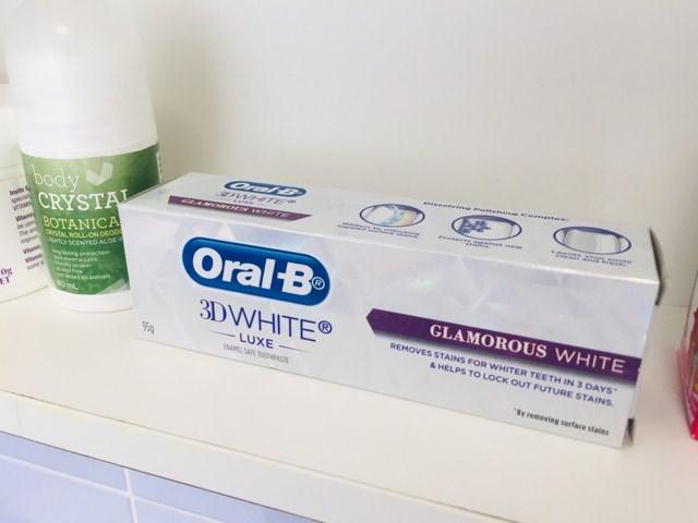 The Oral-B 3D White Luxe Glamorous White Toothpaste