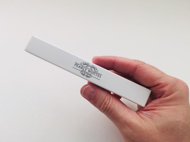 The Pearly whites Whitening Pen packaging