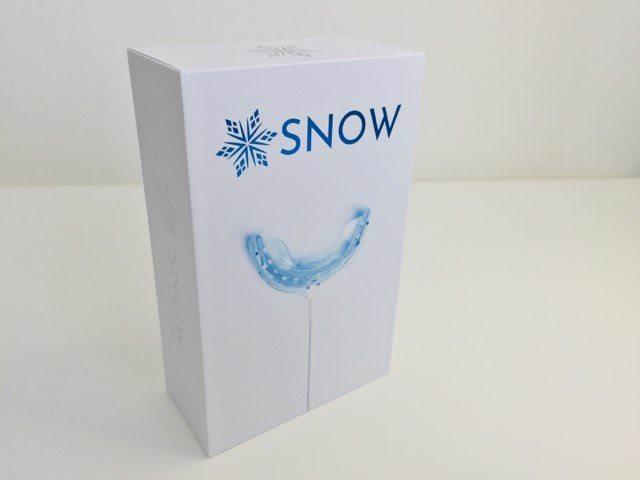 Snow Teeth Whitening Kit feature image