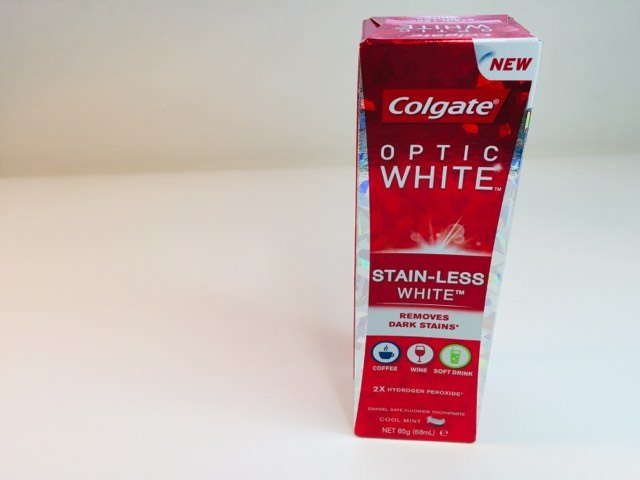 Colgate Optic White Toothpaste packaging