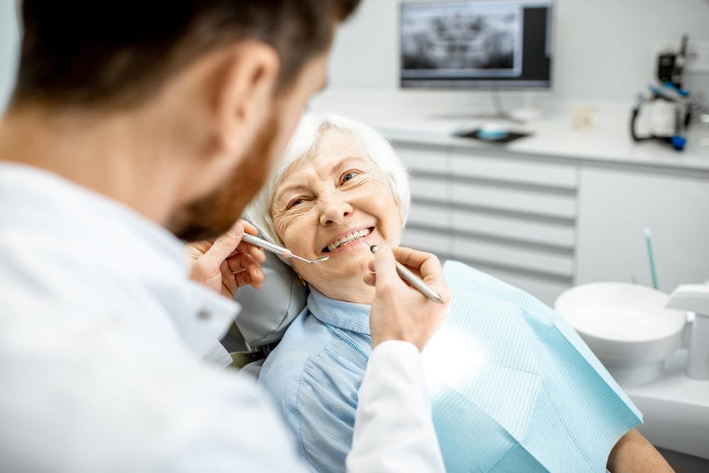Elderly woman at the dentist