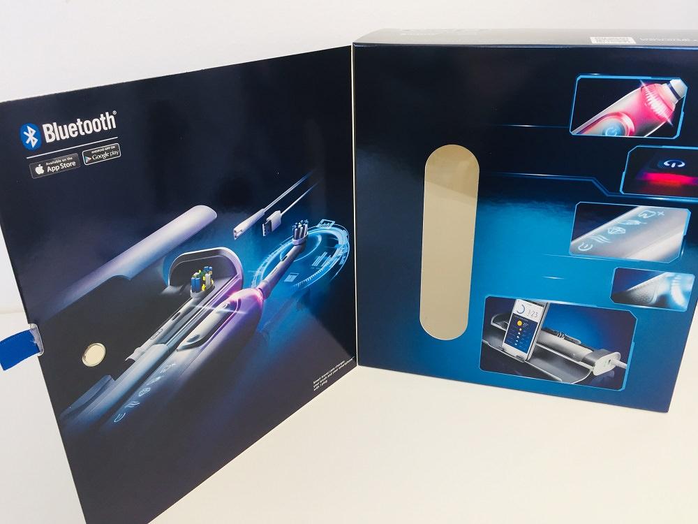 Packaging of the GENIUS 9000 Toothbrush by Oral-B